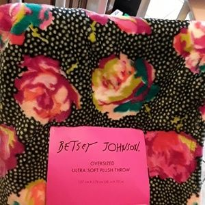 Betsey Johnson oversized plush throw